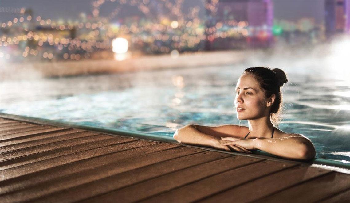 Hồ bơi căn hộ Sài Gòn Mê Linh Tower