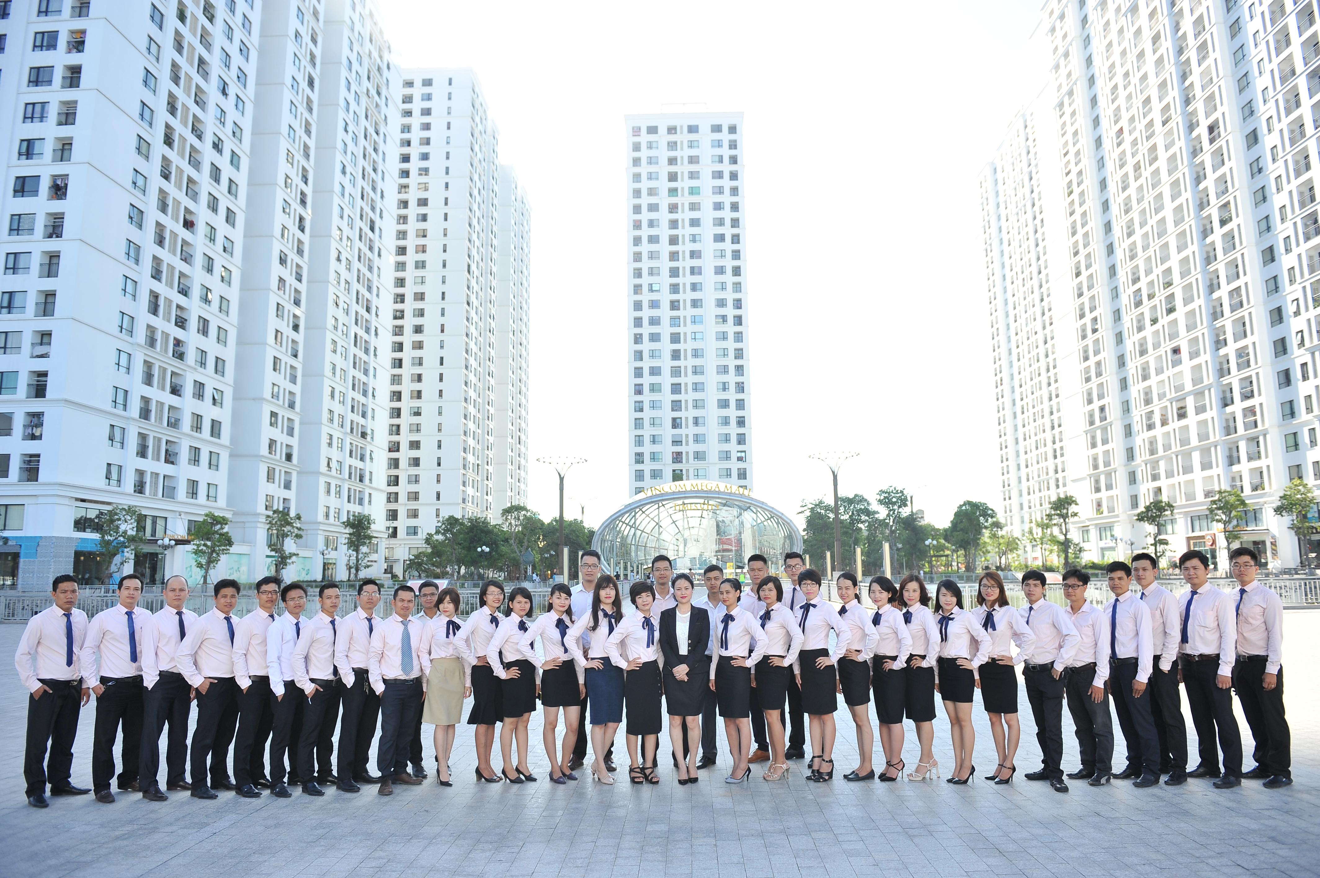 Đội ngũ chuyên viên cho thuê căn hộ Luxcity Officetel chuyên nghiệp tại Huỳnh Tấn Phát quận 7