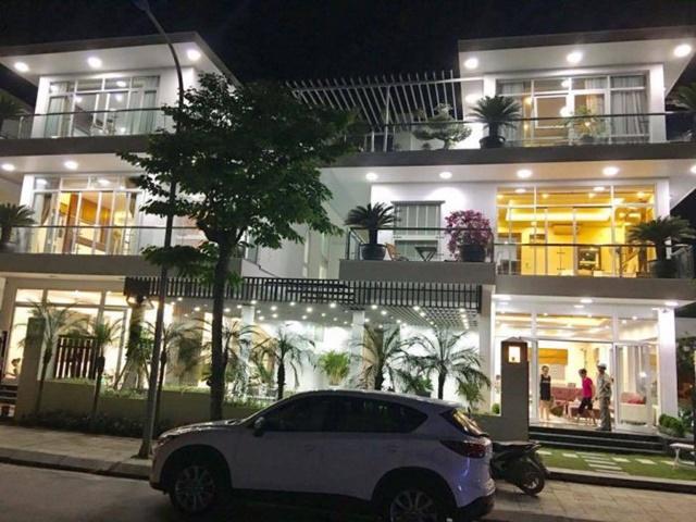 Biệt thự FLC Sầm Sơn Lamoura đẹp lung linh về đêm