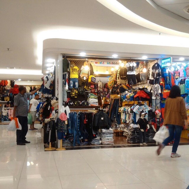 mặt bằng kinh doanh shop saigon square quận 7